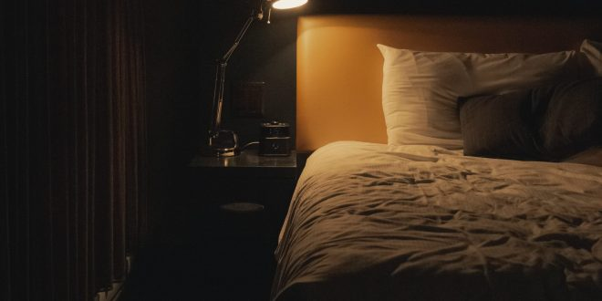 These high-tech bed sheets use infrared light for faster muscle recovery| Futurism