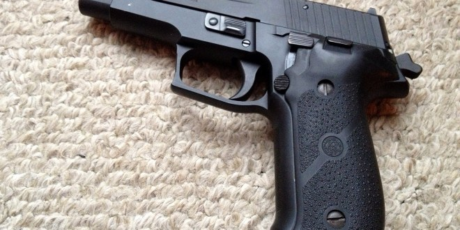 The Navy SEALs Chose the Amazing Sig Sauer P226   The National Interest