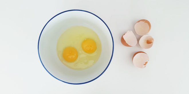 An egg a day not tied to risk of heart disease | Science Daily
