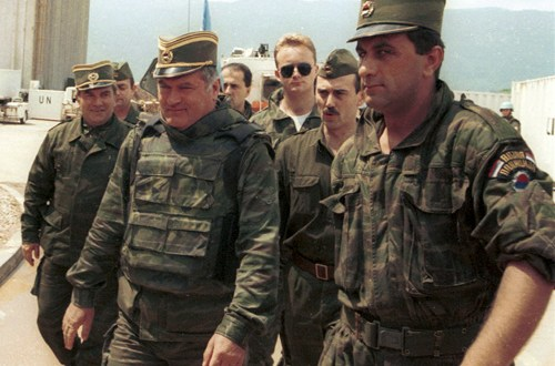 Bosnian war: Ratko Mladic appeals against genocide conviction | BBC News