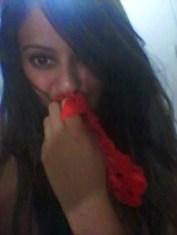 baixar Morena novinha fazendo selfie em frente ao espelho caiu na net download