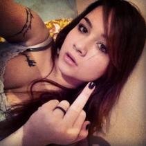 Monica Pimentel, ninfeta tatuada deliciosa caiu na net download