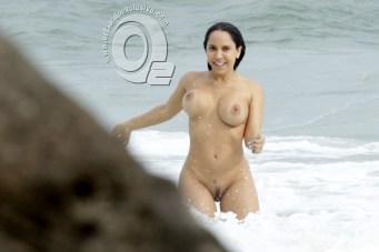 baixar Flagra! Mulher Melão pelada na praia de nudismo de Abricó RJ download