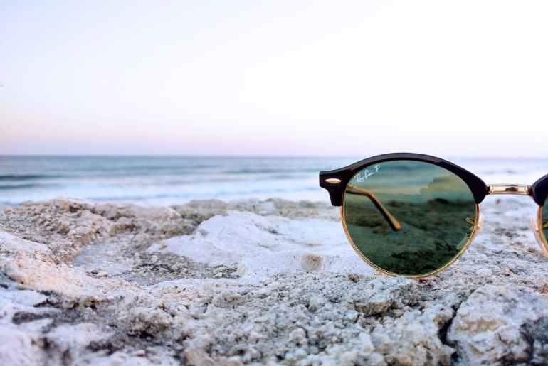 lunettes de soleil à sa vue