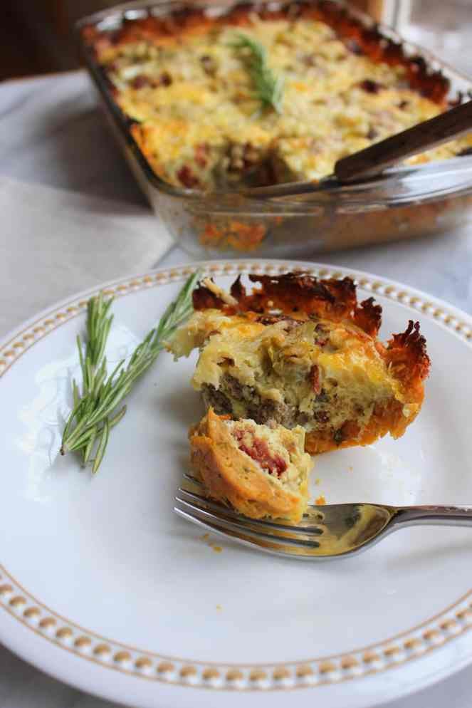 This Sweet Potato and Rosemary crust is the perfect option for a gluten-free quiche base! It's super simple and so delicious. The filling is packed with protein and some serious flavor from the help of sun-dried tomatoes and green chiles. An unlikely combination, but undeniably delicious! | #SoHappyYouLikedIt