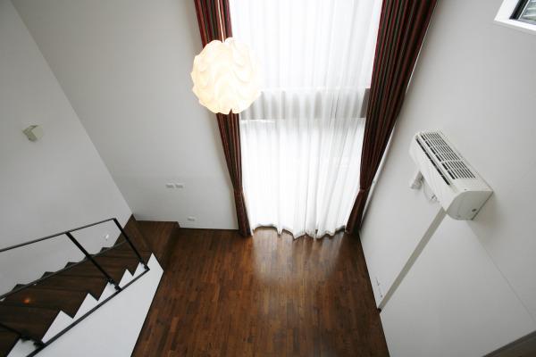 Urban_wood_apartment_1_13