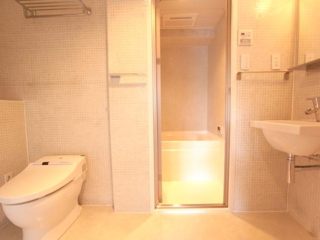 parkfront-shirokane-201-toilet3-sohotokyo