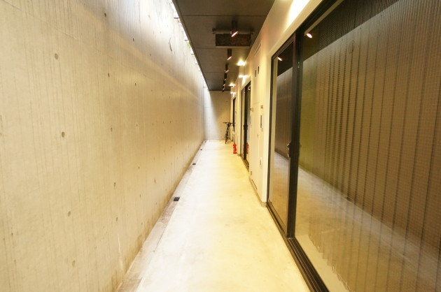 circle-minamiazabu-T02-corridor1-sohotokyo