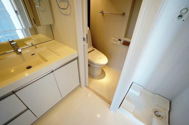 kamiikedai2155-305-toilet1-sohotokyo