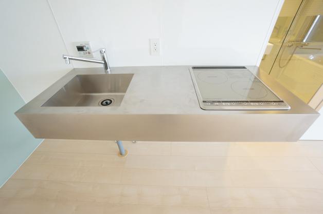 skybldg-6B-kitchen-01-sohotokyo