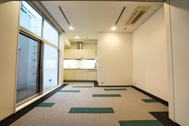 soho_kitaaoyama-104-room-07-sohotokyo