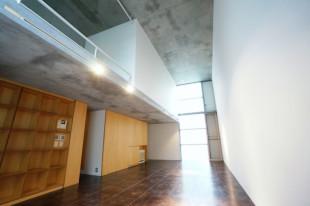 【募集終了】神楽坂。天高4.3M。建築家のデザイン空間。