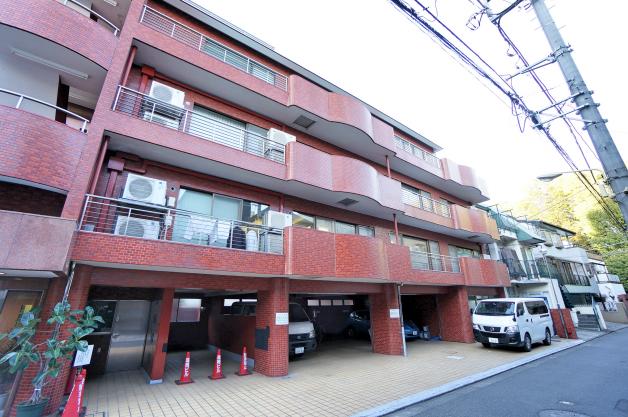 6mizuho_bldg-facade-01-sohotokyo