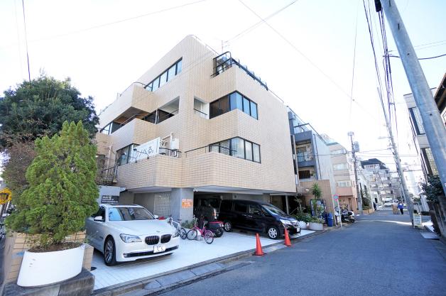 barbizon_3-facade-02-sohotokyo