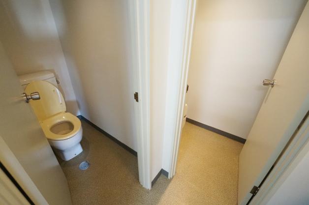 yokoyama_bldg-5F-toilet-01-sohotokyo