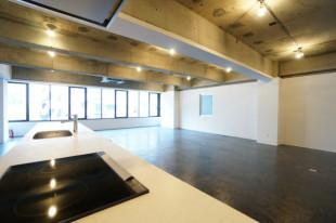 【募集終了】スケルトン+オープンキッチンのリノベオフィス