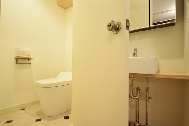 chisan_mansion_sangenchaya-toilet-01-sohotok