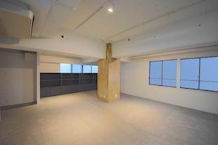 【募集終了】南青山、原状回復免除の1/2リノベーションオフィス