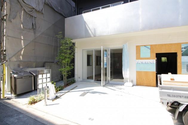 ARKHOUSETD-facade-02-sohotokyo.JPG