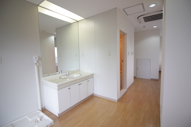 eiha-shinkawa-bathroom-5