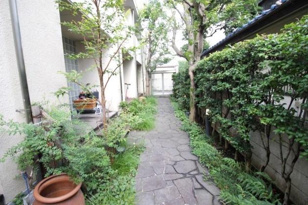 ecohouse_daizawa-101-entrance-03-sohotokyo