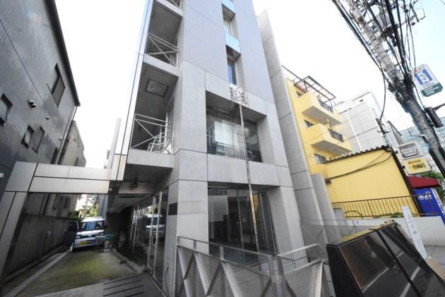raturu_minamiaoyama-facado-01-sohotokyo