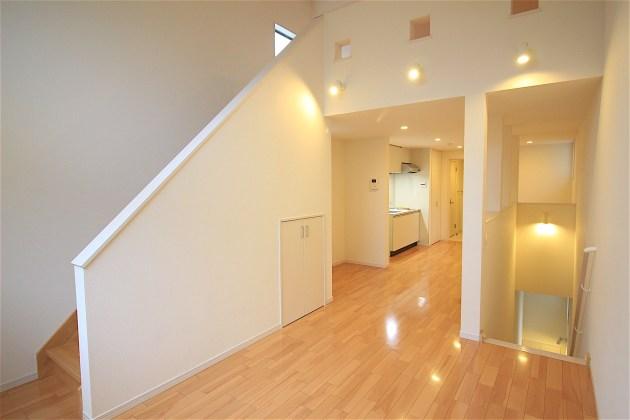 quartierlatin-024-1F-livingroom-08-sohotokyo