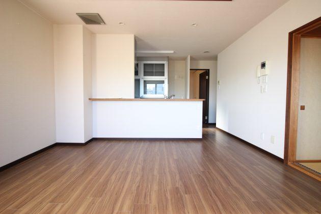 u's1bldg-9F-livingroom-02-sohotokyo