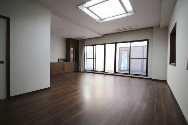 u's1bldg-9F-livingroom-05-sohotokyo