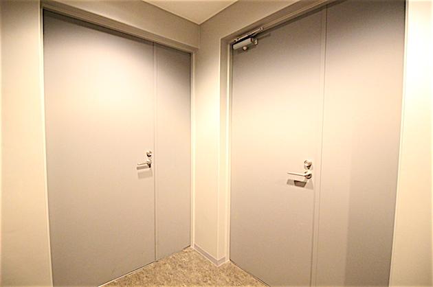 noblessembldg-2f-entrance-02-sohotokyo