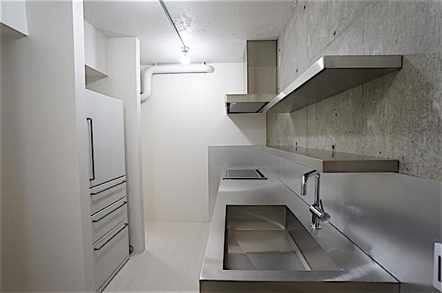 tymcourt-201-kitchen-01-sohotokyo