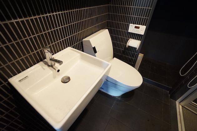 9stagekanda-701-toilet-01-sohotokyo