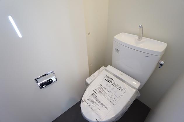 Liberdade-203-toilet-01-sohotokyo