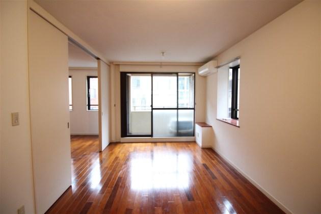 apica_harajyuku-302-livingroom-04-sohotokyo