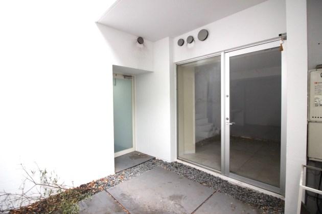 meguroresort-101-B1-livingroom-01-sohotokyomeguroresort-101-B1-porch-01-sohotokyo