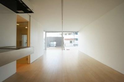 大井町徒歩5分、開放的なシンプルデザイナーズSOHO