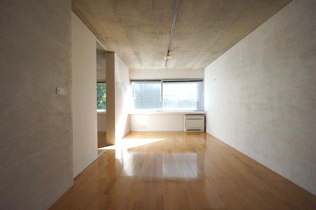【募集終了】西新宿、無駄を削ぎ落としたミニマルデザイナーズ
