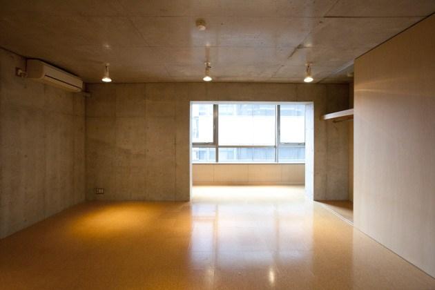 西新宿のスタイリッシュSOHO、豊かな空間を愉しむ