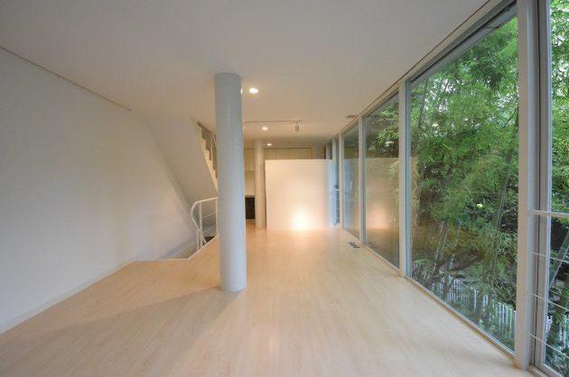 【募集終了】羽根木、森の中に建つ洗練されたデザイン建築