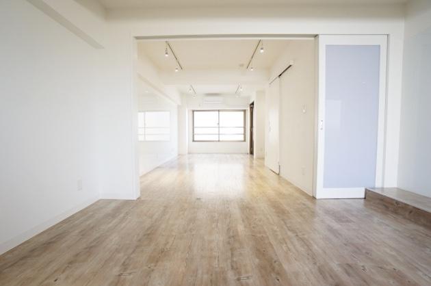 【募集終了】中野PJ、白を基調としたクリーンなリノベオフィス。