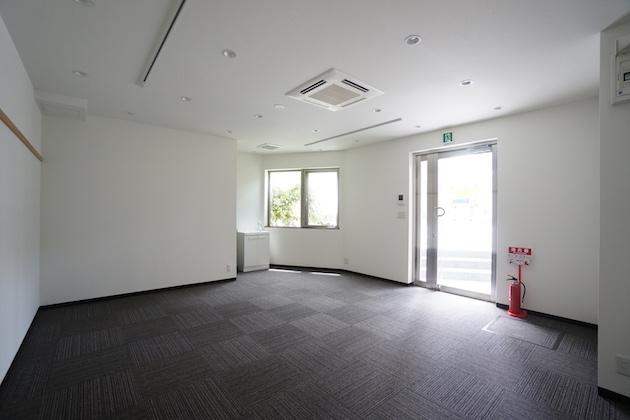【募集終了】学芸大学8分、道路に面したコンパクトなオフィス・店舗空間。