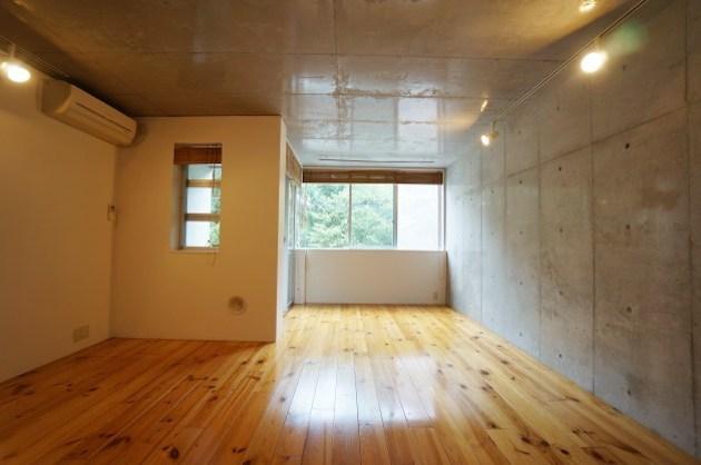 【募集終了】駒沢大学、無垢材の暖かみと緑を意識した空間