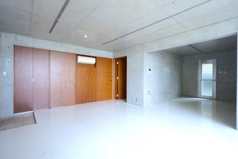 【募集終了】二子玉川、多摩川隣接のRC造デザイナーズSOHO