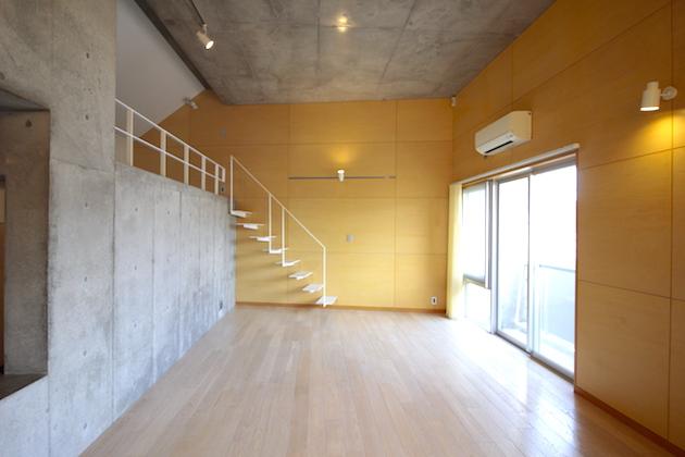 【募集終了】下北沢エリア、天高4mの築浅デザイナーズSOHO