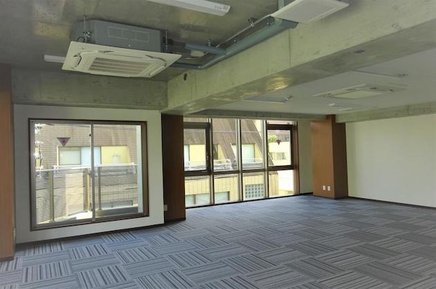 高田馬場駅徒歩4分、インダストリアルな新築デザイナーズ