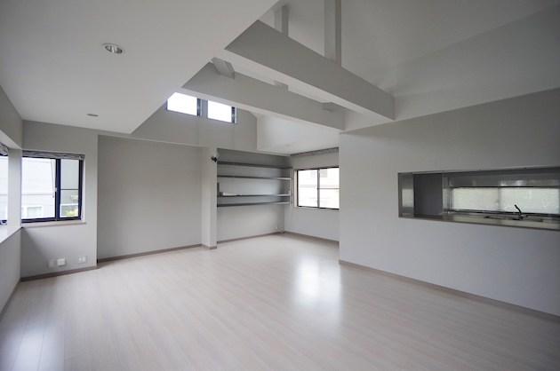 【募集終了】成城学園の大型戸建SOHO、アトリエ的な利用方法で