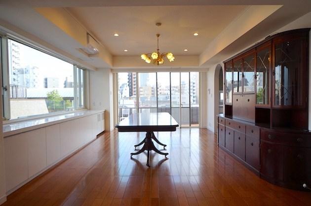 東新宿、閑静な高台に佇むリノベーションSOHO