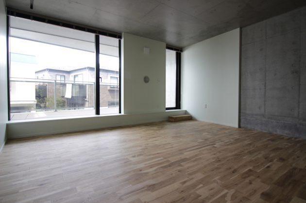 【募集終了】大きな窓とルーフバルコニー。白金台。