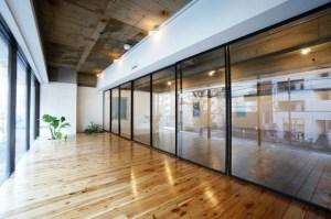 茅場町、スケルトン+テラスのあるリノベーションオフィス<p>[中央区/49万/125㎡]