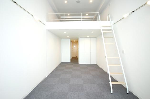 東新宿5分。眺望を楽しむロフト付きSOHO。<p>[新宿区/18万/40㎡]